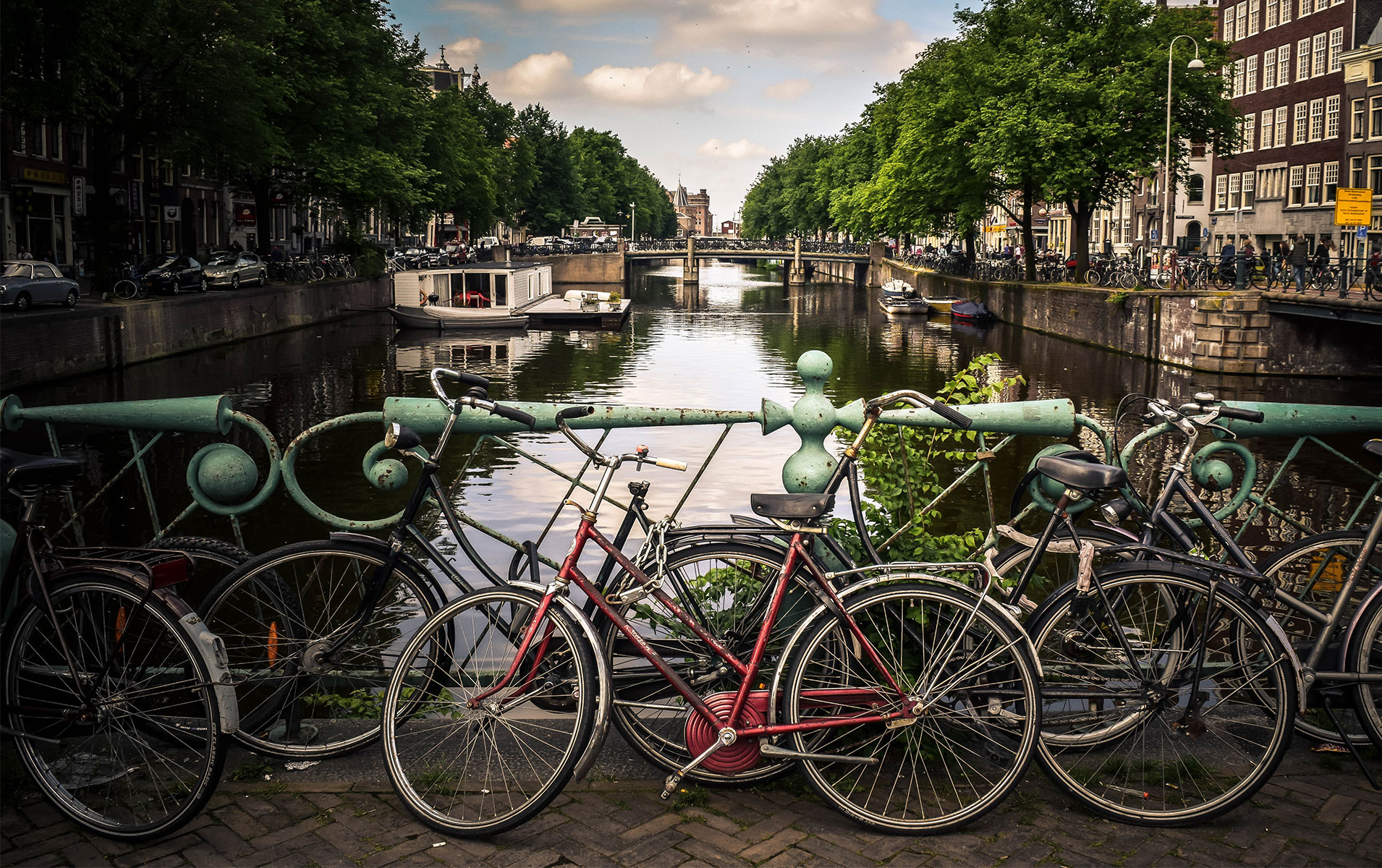 Welcome to the Amsterdam Area-Seminar