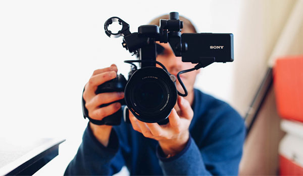 Best Freelance Jobs in the Netherlands - Video Editor