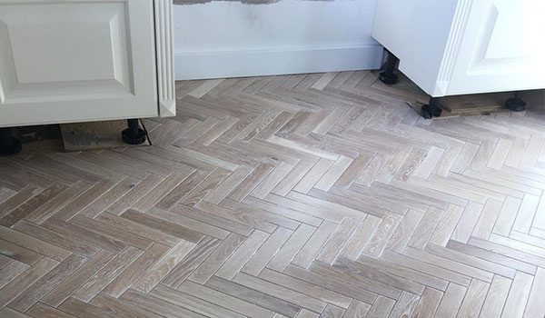 STOX-herringbone floor