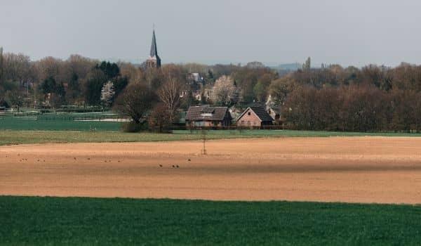 Going Dutch-But How Much-rural