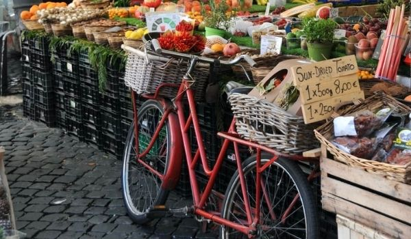 7 Ways to Live a More Sustainable Life in the Netherlands Farmers Markets